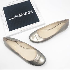 Nine West Metallic Leather Slip On Flat Size 6.5